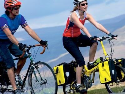 Bike Friday Pocket Llama vs 700c bike